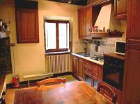Vacation apartment in Volpaia kitchen